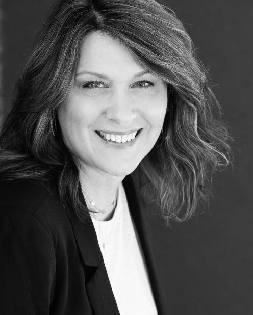 Yvette Savoy profile image.