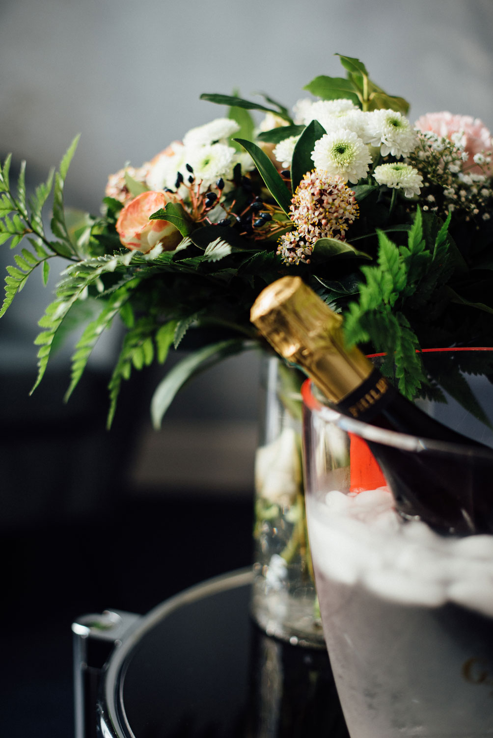 Suite Balnéo champagne bouquet fleurs | Amirauté Hôtel La Baule