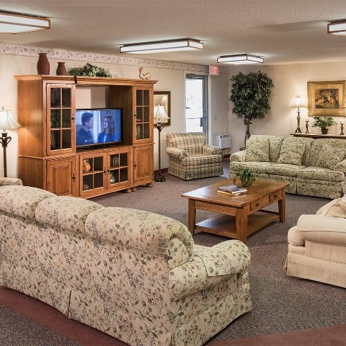 Farmington Presbyterian Manor Assisted Living Sitting Room