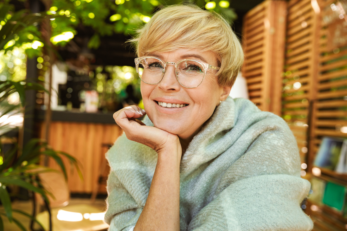 Bleeding After Dental Implants – What's Normal And What To Expect