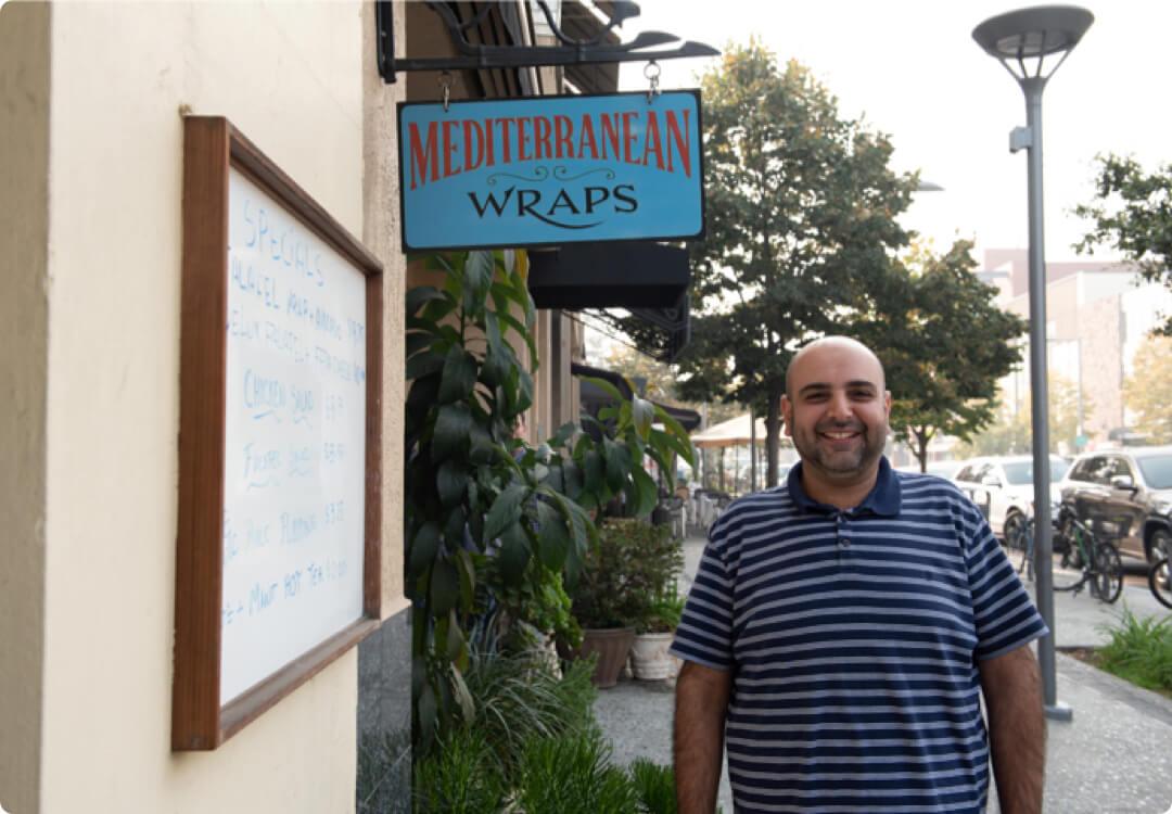 Hourly customer Mediterranean Wraps storefront