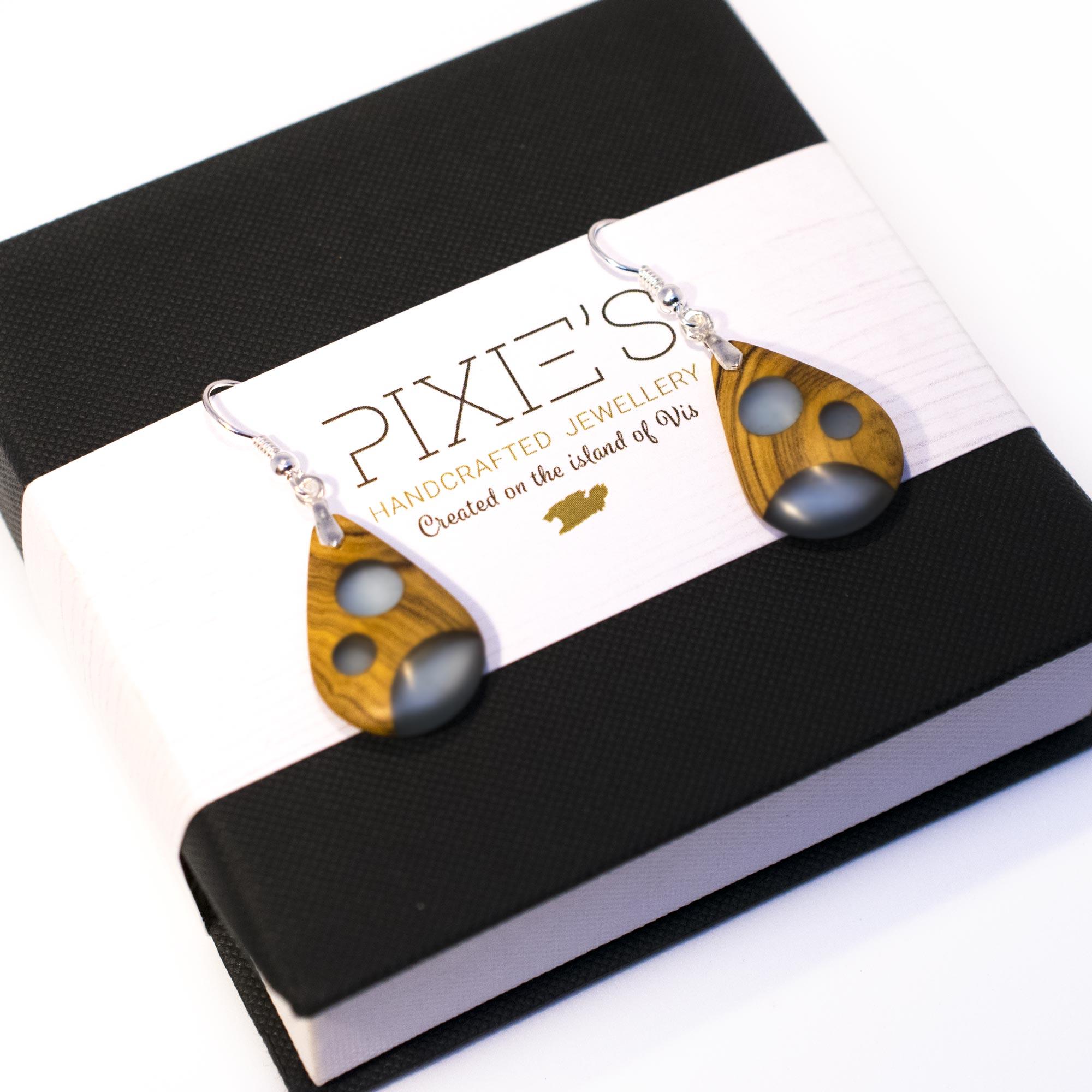 Pixies Circle#101