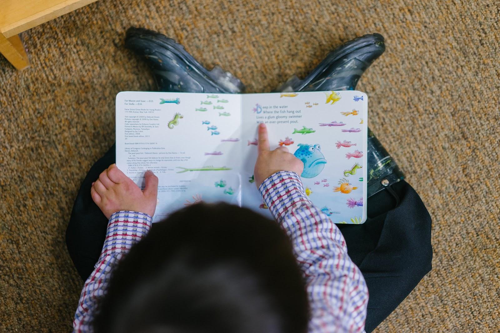 四歲半至五歲半閱讀敏感期