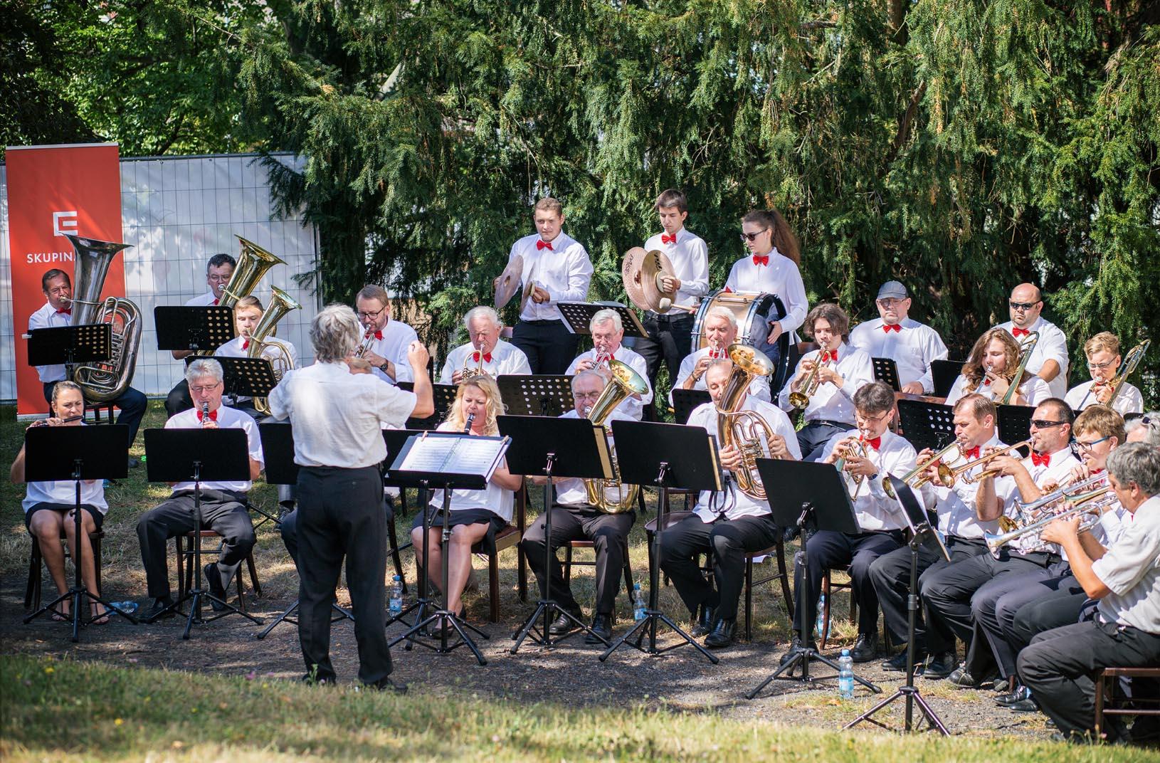 Velký dechový orchestr – zahájení Letního parku u MKD