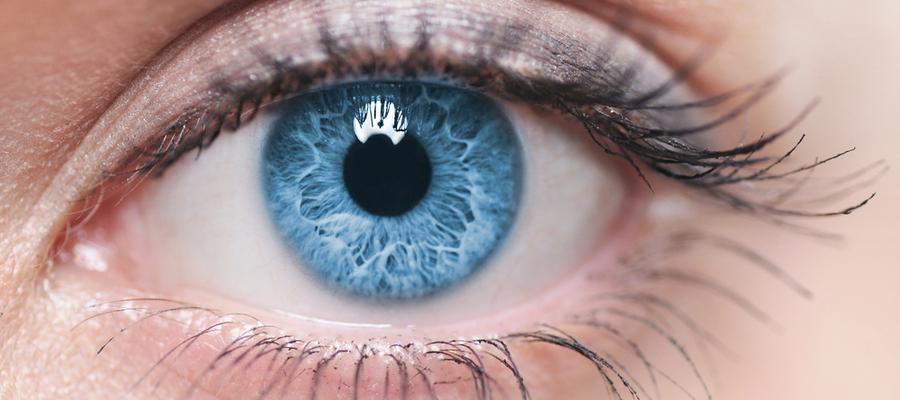 Øyeoperasjon