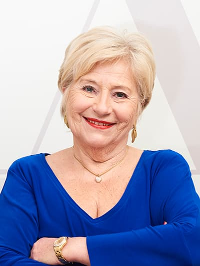 OMR Dr. Helga Azem