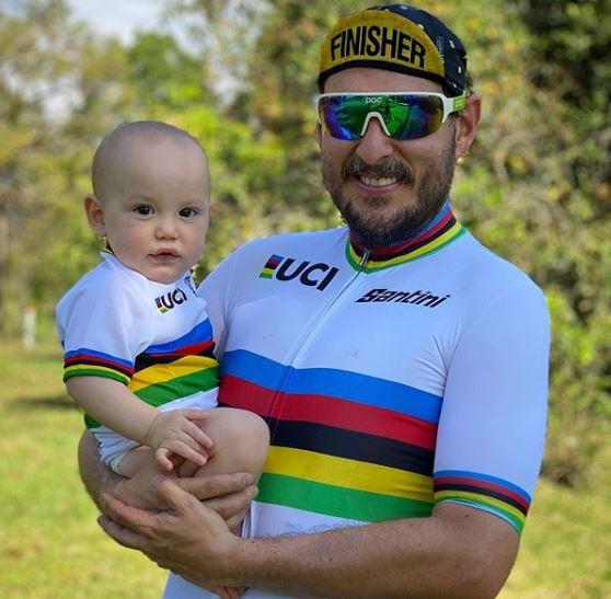 Andres Parra y su hijo