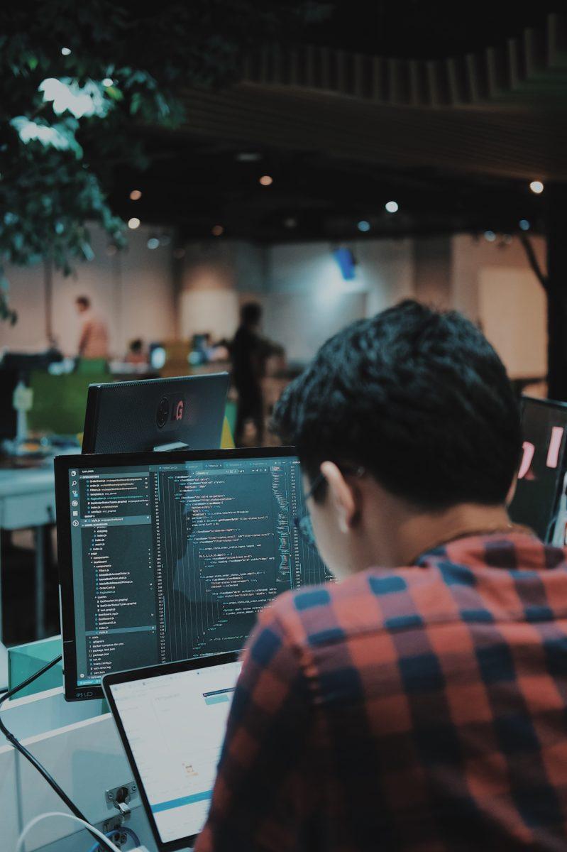 developer working on an agency