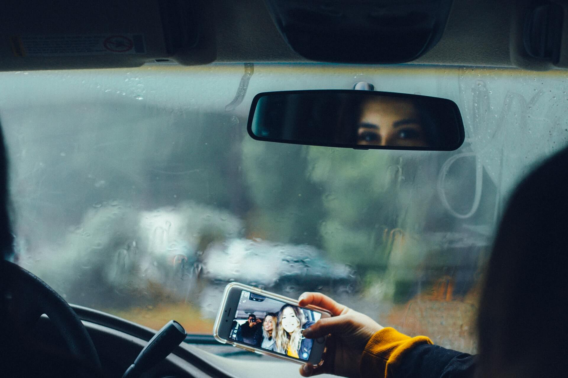 Five Reasons Why You Should Rideshare