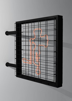 A tailormade industrial wall light with a glowing outline of a traditional meat mincer fixed on a black wire grid.