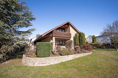 Schön gelegenes Einfamilienhaus mit viel Potential