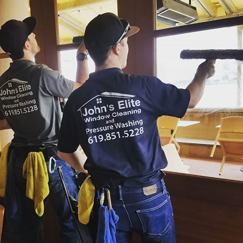 professional window cleaning in san diego
