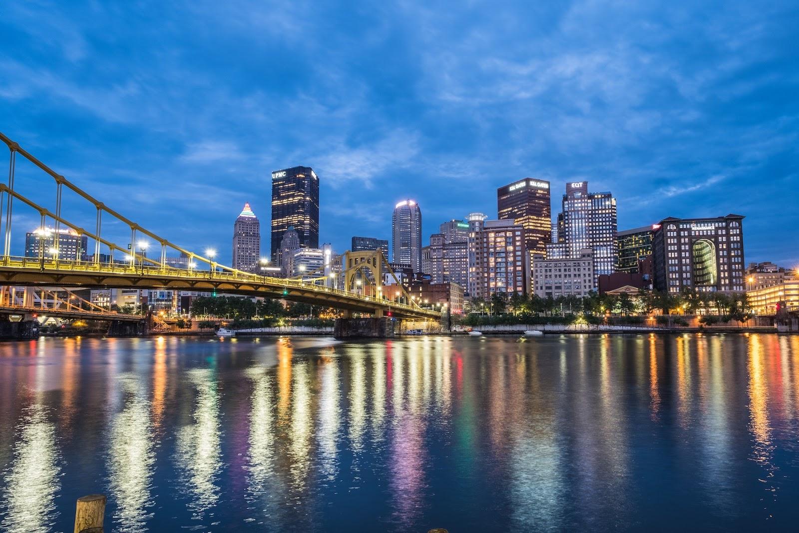 Pittsburgh skyline at night