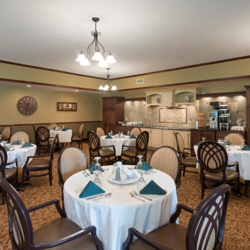 Independent Living Dodge City Manor of the Plains Dining Area