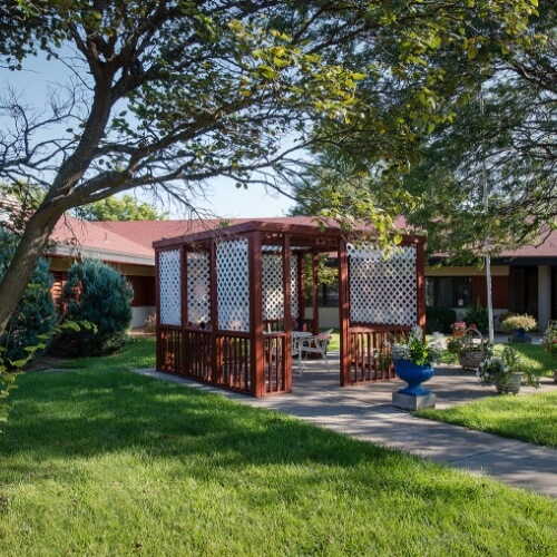 Assisted living Dodge City Manor of the Plains Gazebo