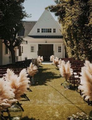© photo: Tyler Branch / Design et planification: Green Apple Event Co. / Fleurs: Honey & Poppies / Lieu: Lombardi House, Los Angeles, California