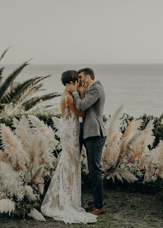 © photo: Isaiah & Taylor / Planification: Wink! Weddings / Design floral: Best Day Ever