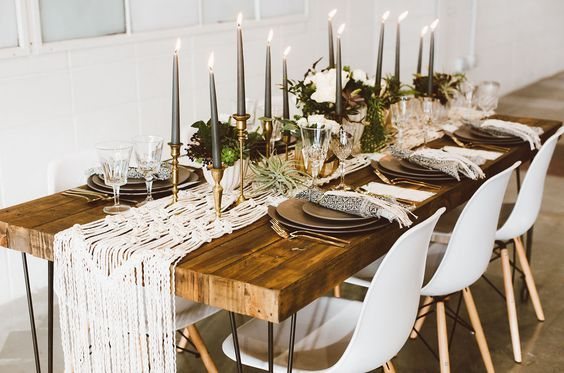 © photo: Red Aspen Photography / Planification et design: Adina Michelle Events / Fleurs: Fawns Leap / Locations: Yonder Floral & Decor House