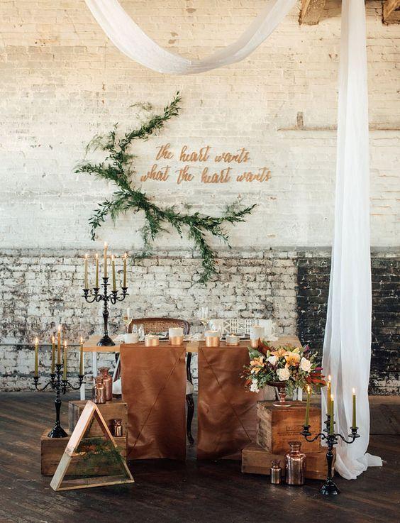 © photo: M2 Photography / Concept, design événementiel et floral: Belovely / Locations et accessoires: Maggpie Vintage Rentals