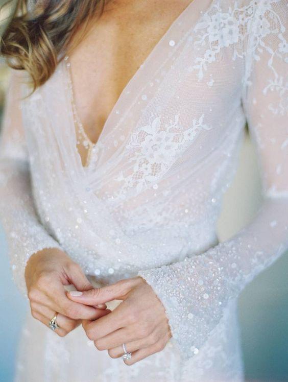 © photo: This modern romance / Robe: Inbal Dror