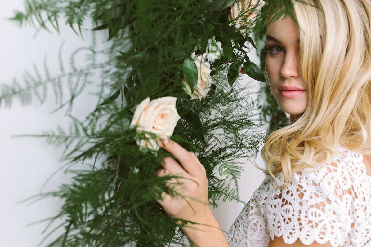© photo: Frances Beatty / Robe: Abigail of Gardenia par Maureen Patricia