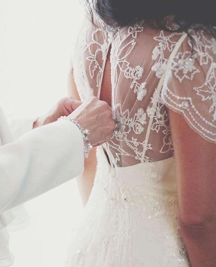 © photo: Le White Closet / Robe: Création sur mesure