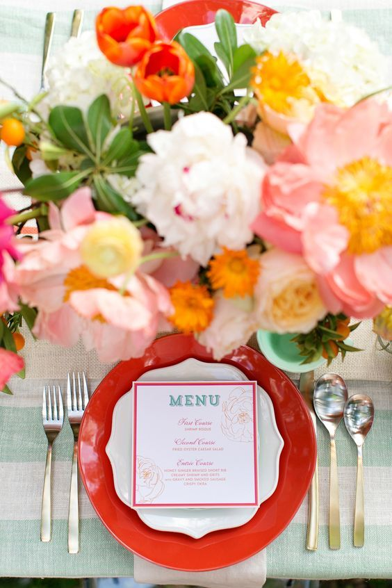 © photo: Charla Storey Photography / Fleurs et design: The Southern Table / Papeterie: Southern Fried Paper