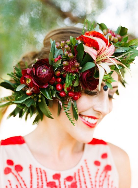 © photo: Jen Wojcik Photography / Coiffure et maquillage: Melissa Edwards / Design floral: Adrianne Smith Floral Design / Robe: Anthropologie
