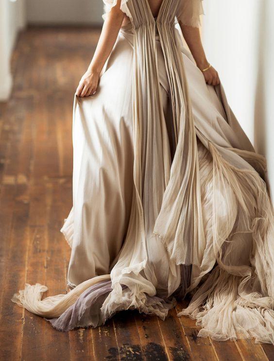 © photo: Megan Robinson Photography / Robe: Samuelle