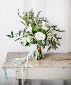 © photo: Emily Wren / Bouquet: Belovely Floral and Event Design