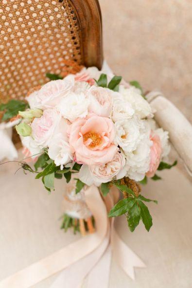 © photo: Katelyn James Photography / Bouquet: Anthomanic