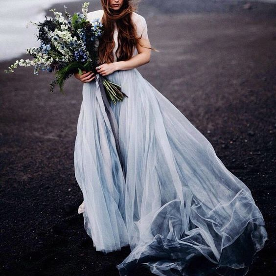© photo: Cassi Rosch / Robe: Chantel Lauren Designs