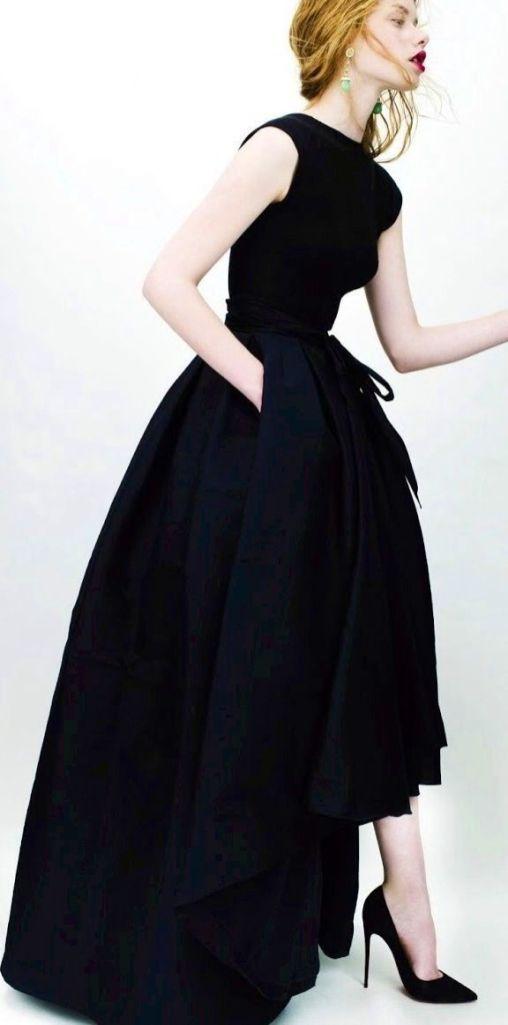 Robe: Christian Dior
