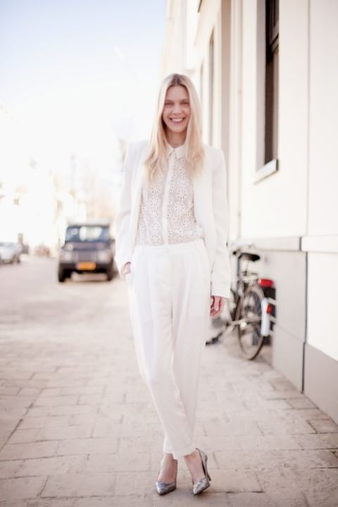 © photo: Cocorosa / Blazer: Zara / Top: Zara / Pantalon: H&M