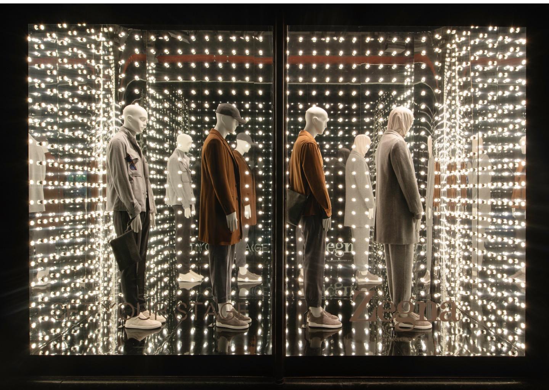 Schläppi 7000 Noble male mannequins for Harrods' 'Set Your Stage'