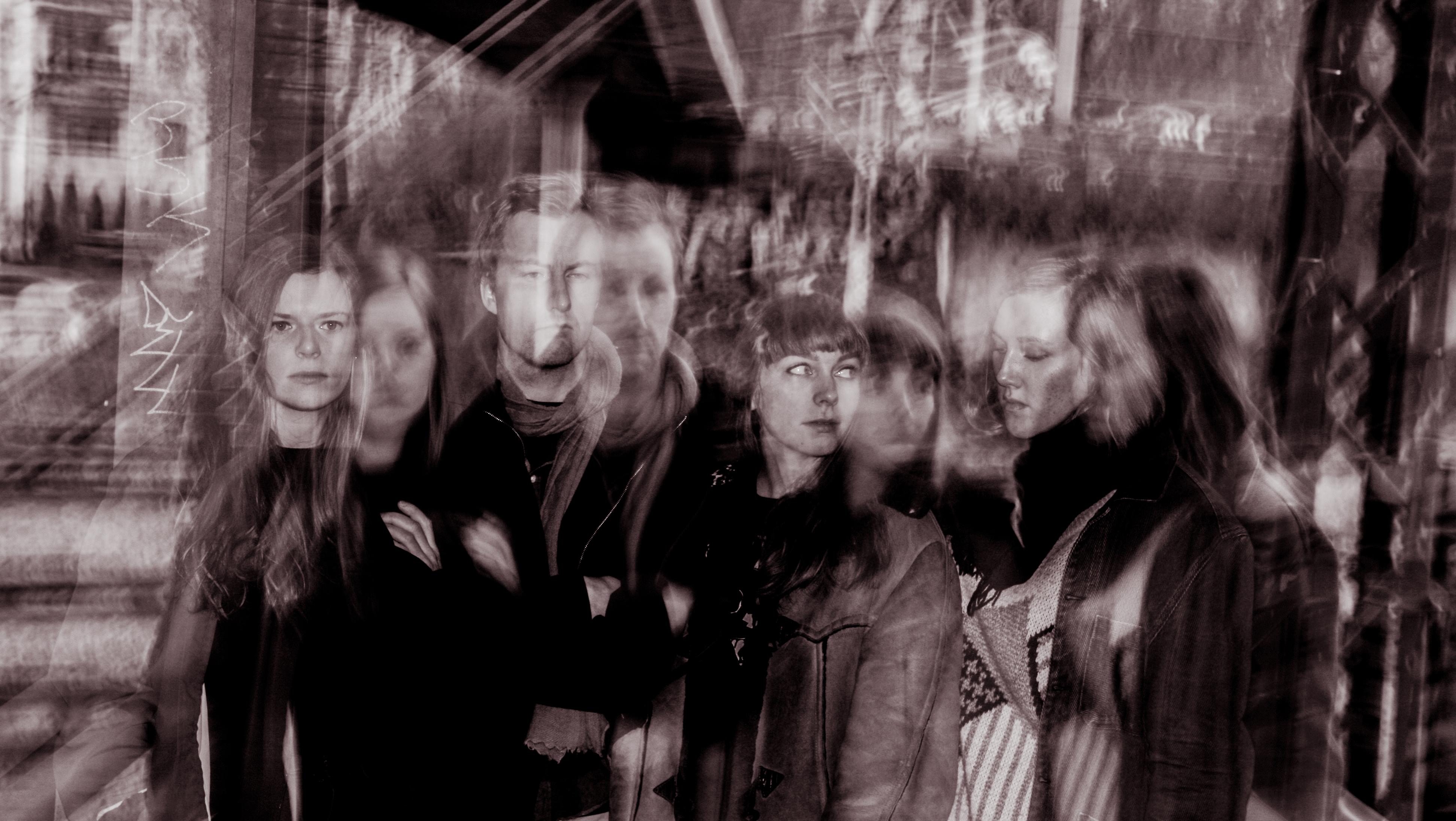 Folkehelsa slipper første singel 8. mars