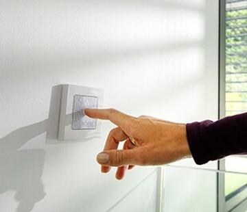 motorised blind switch