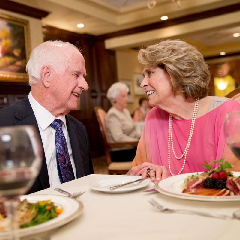 Montereau Resident Retirement Community Dining