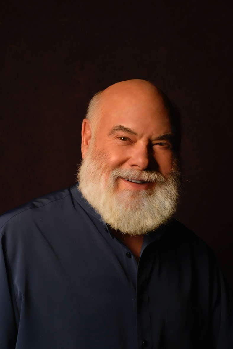 Field Trip Adds Acclaimed Physician, Dr. Andrew Weil, to Medical Advisory Board