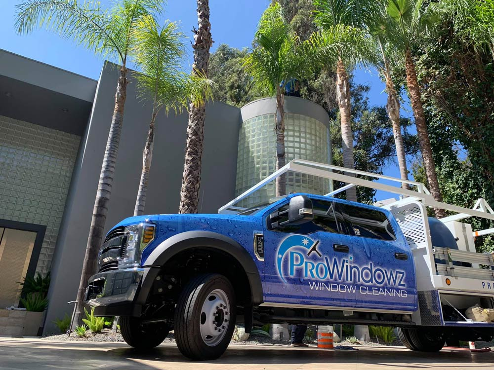 Professional Window Cleaning in Los Angeles, CA