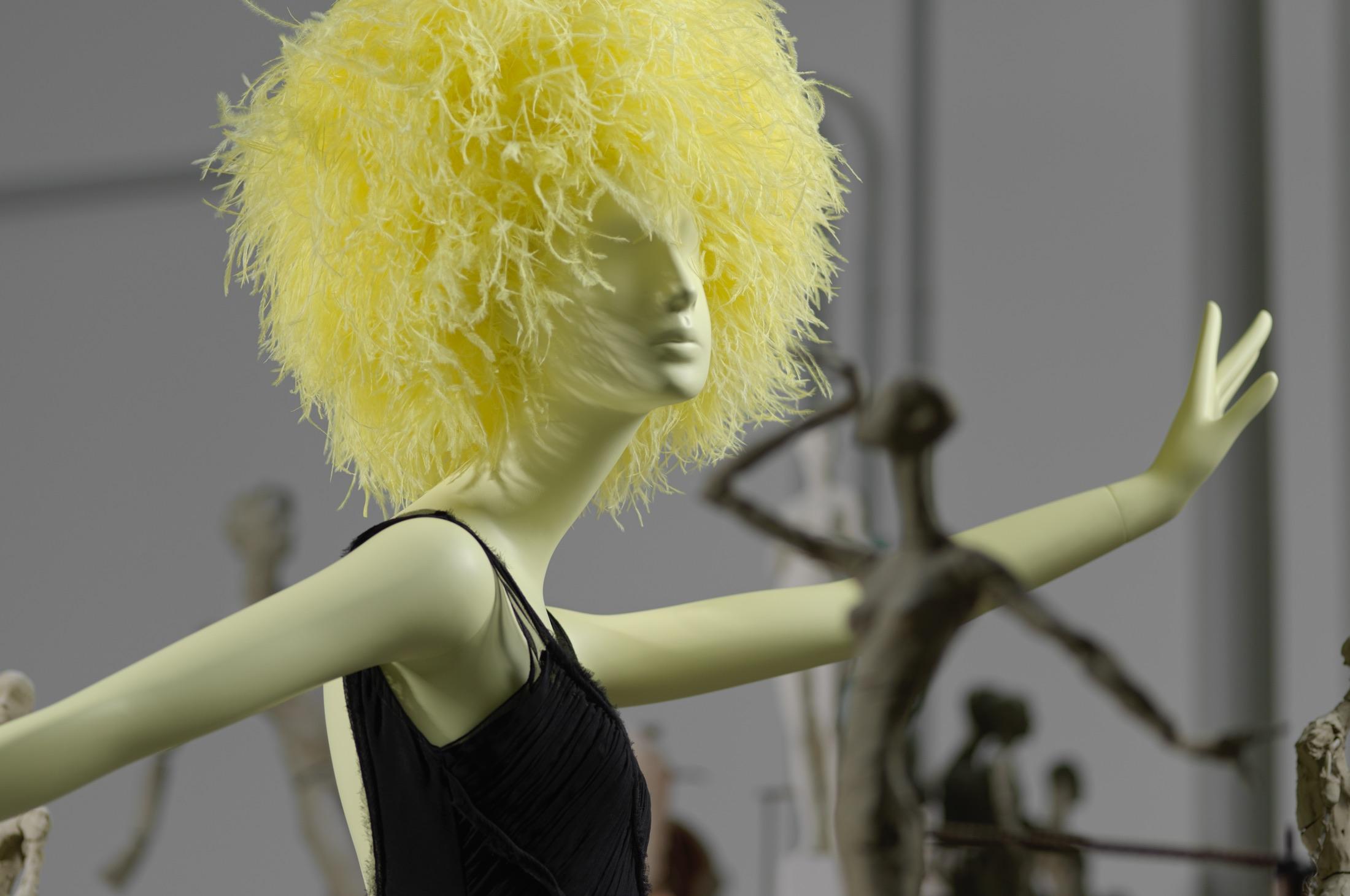 La dernière collection Schläppi inspirée par les icônes qui ont contribué à l'âge d'or du Studio 54.