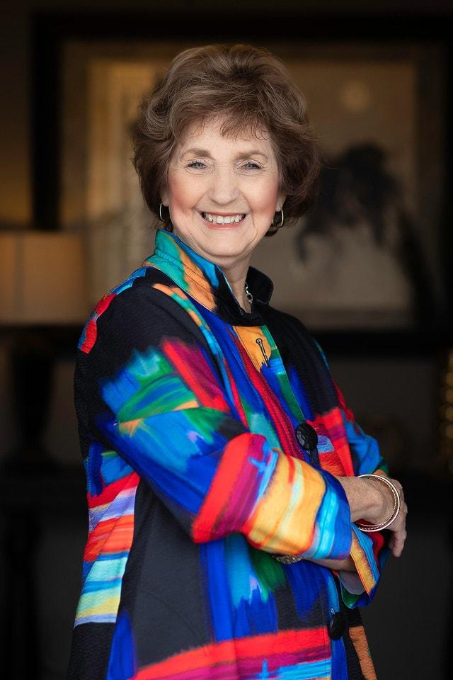 Barbara Waller Headshot