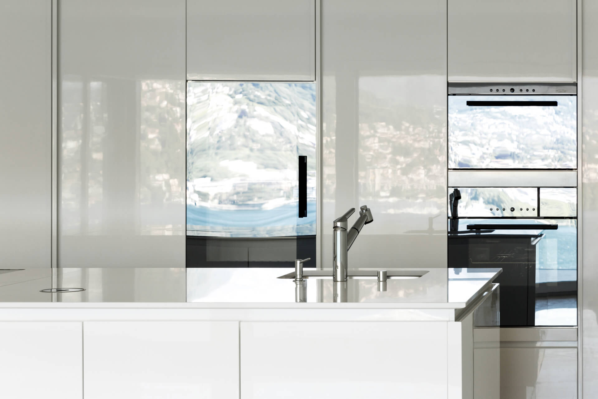 Cosentino Dekton White Kitchen