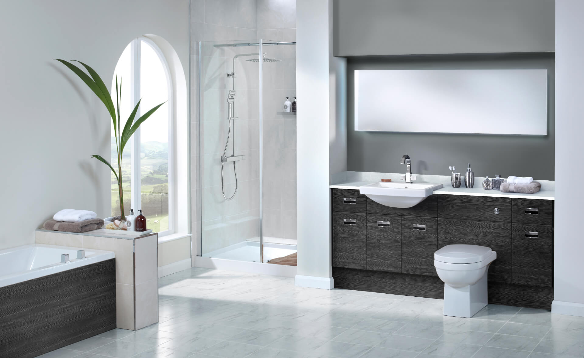 Nolte Original Fitted Black Bathroom