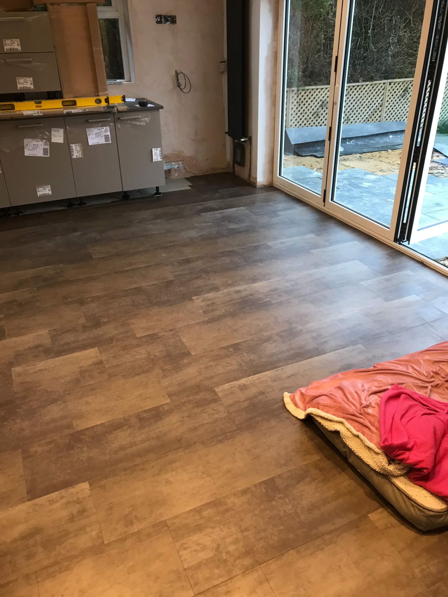 New Flooring Mounting