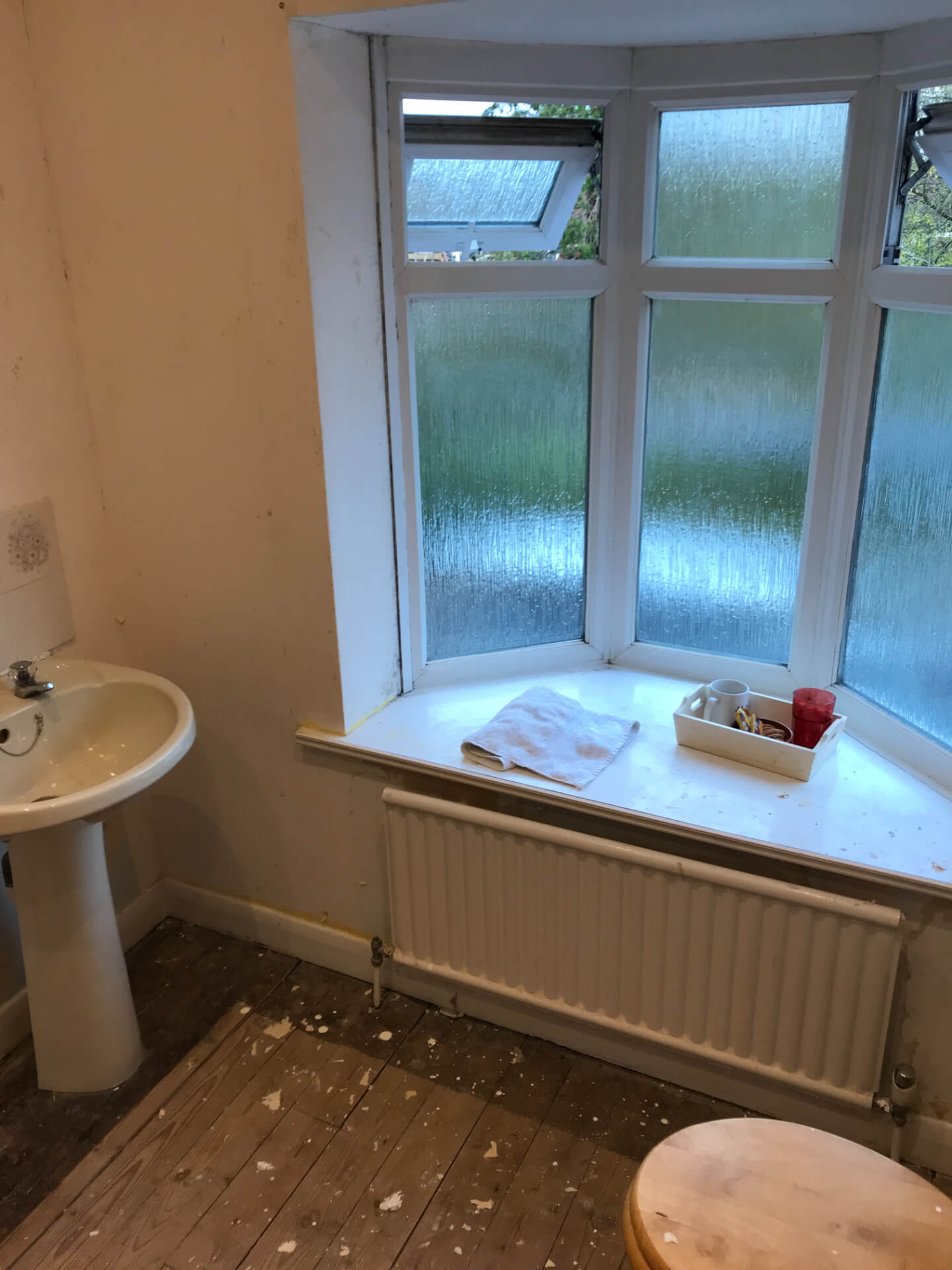 New Bathroom Windows Installing