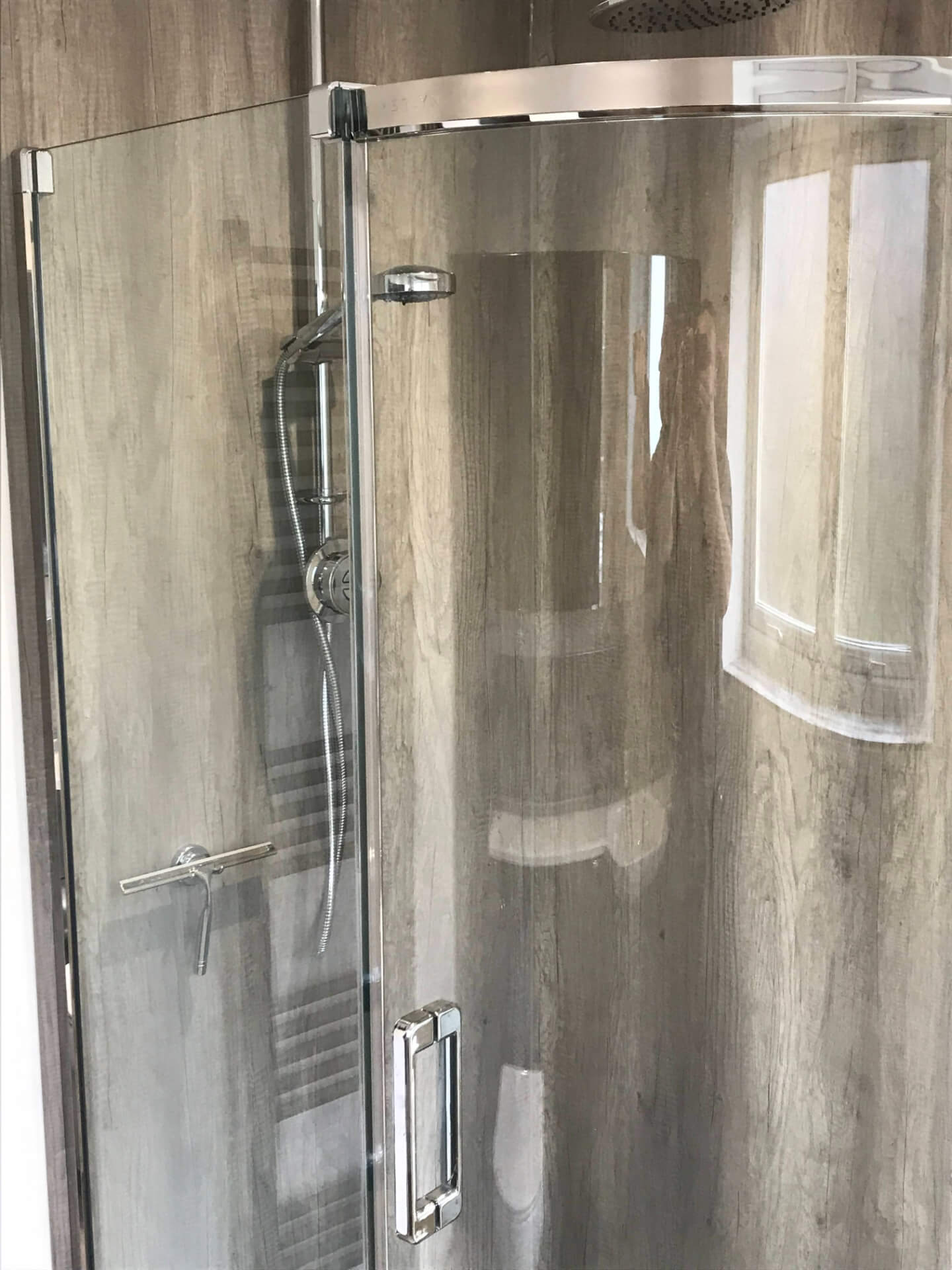 New Bathroom Shower Glass