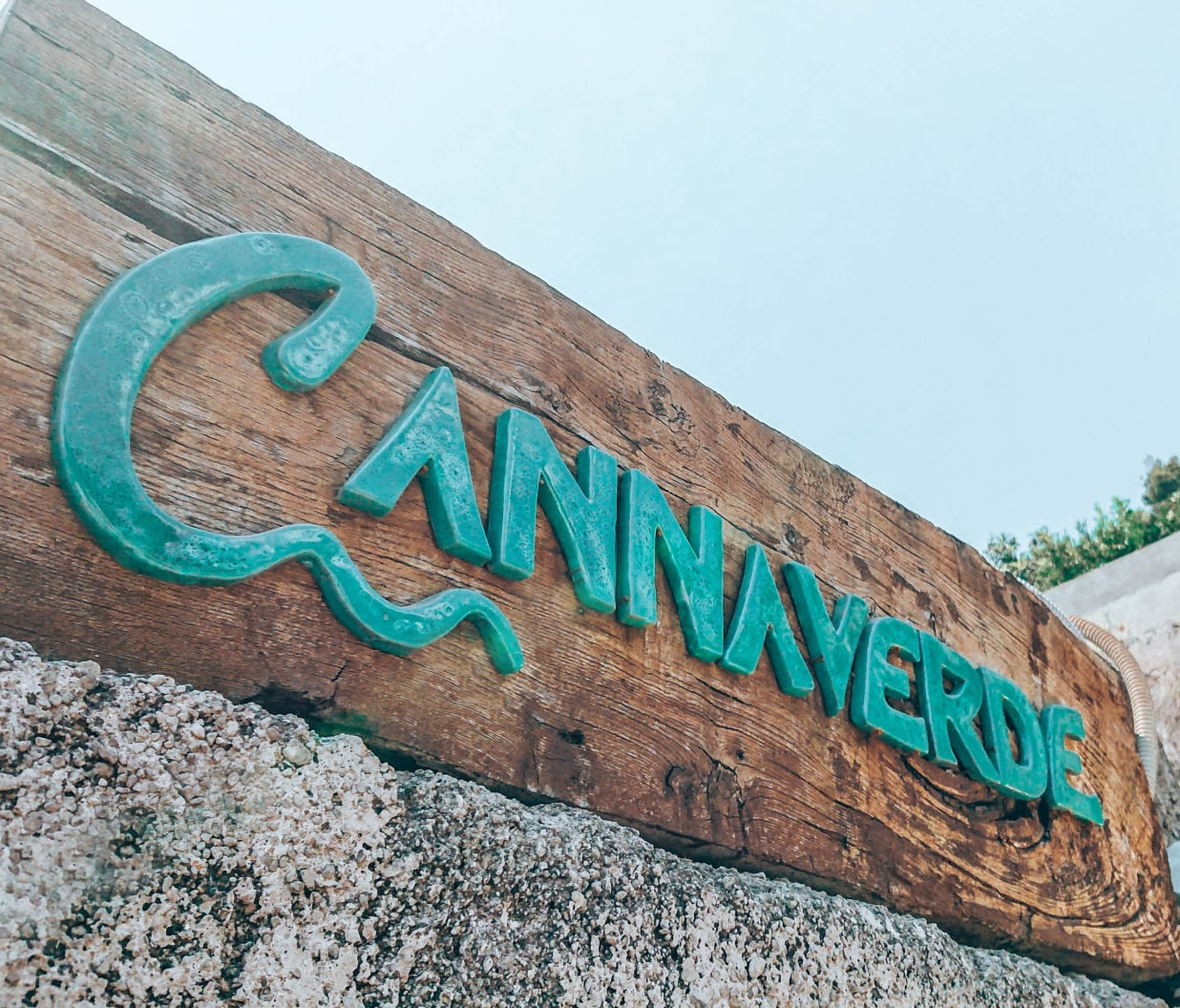 Cannaverde welcome sign in front of the entrance.