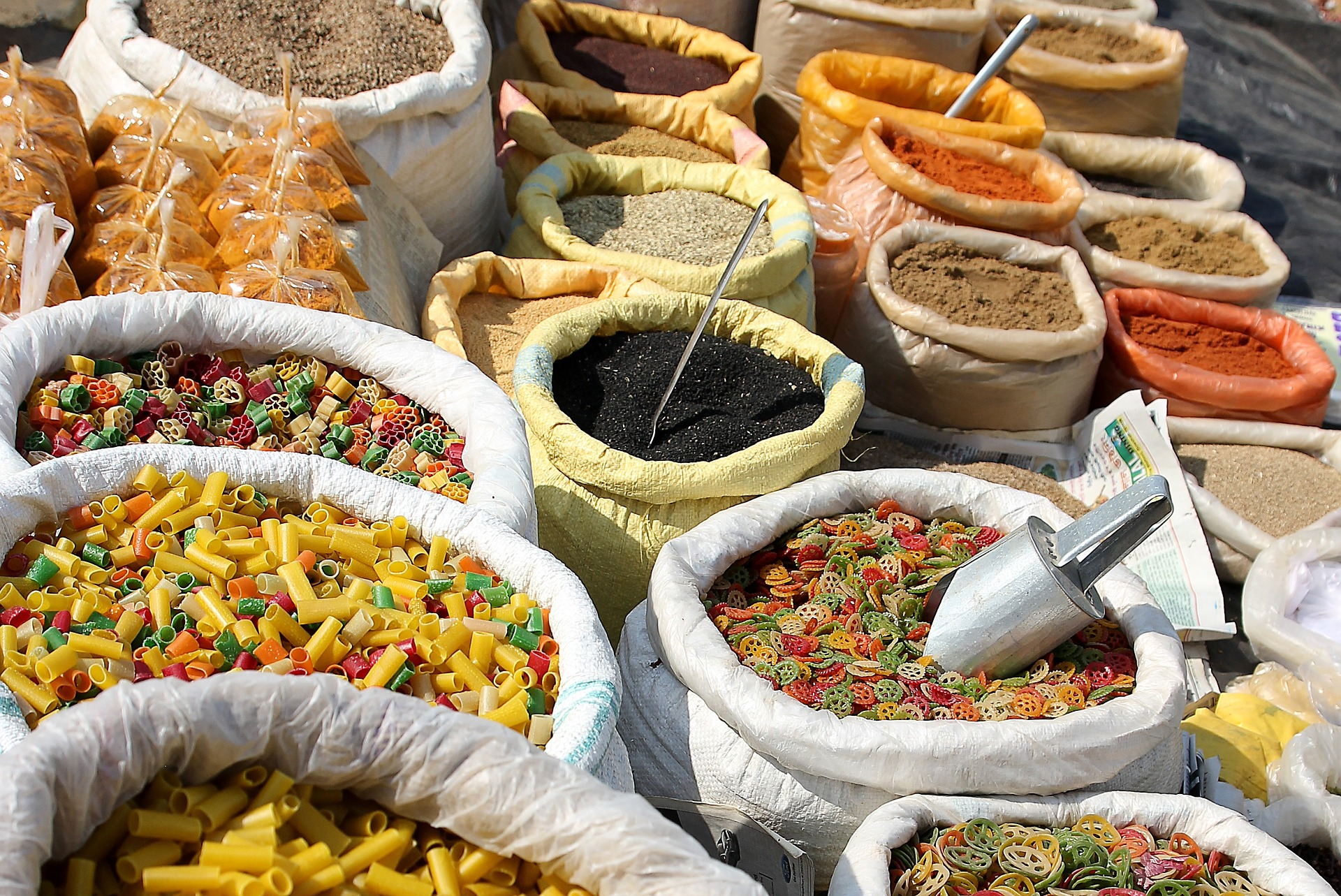 indian spices at market