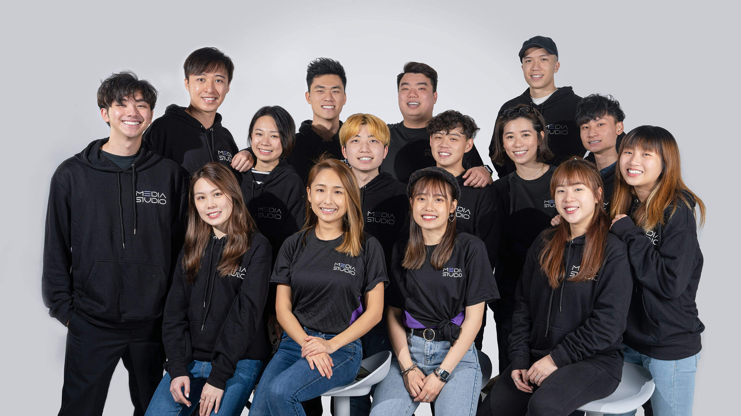 media studio hong kong team photo